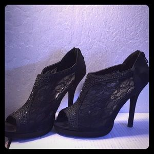Black Lace and Sparkle Pumps with Zip Up Backs